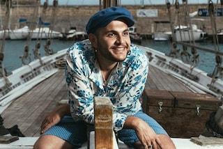 """Renzo Rubino torna con Dolcevita e annuncia: """"In Puglia in barca per parlare di migranti e mare"""""""