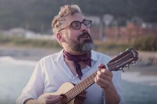 Festeggiamo Brunori, il nostro tesoro pop che racconta l'Italia nelle sue bellezza e difficoltà