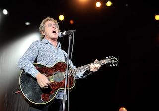 """Roger Daltrey perde la voce, i The Who cancellano il concerto: """"Stava cantando dannatamente bene"""""""