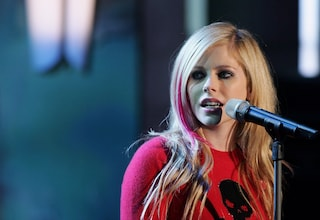 Avril Lavigne, nuova data del tour in Italia per il ritorno dopo lo stop per la malattia di Lyme