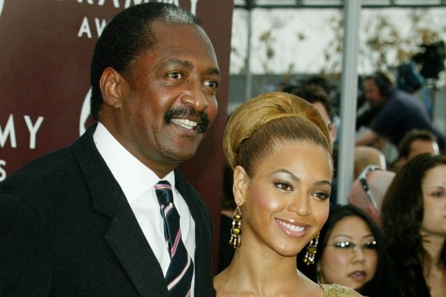 Beyoncé e il padre Mathew in una foto d'archivio (ph Kevin Winter/Getty Images)
