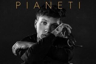 """Ultimo festeggia i due anni di Pianeti: """"Dicevano che sarei diventato un buono a nulla e invece..."""""""