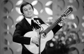 """È morto Fred Bongusto, aveva 84 anni: scrisse """"Una rotonda sul mare"""""""