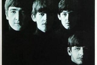 """È morto Robert Freeman, fotografo dei Beatles, scattò le cover di """"Help"""" e """"Rubber Soul"""""""