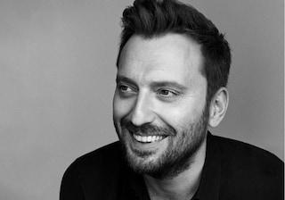 Cesare Cremonini scalza Tiziano Ferro dal primo posto della classifica degli album