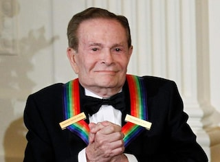 "Morto Jerry Herman, compositore di ""Hello Dolly"" e altri grandi successi di Broadway"