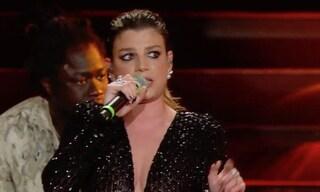 """Il medley di Emma a Sanremo 2020: """"Per me è un onore essere qui, Sanremo è la musica"""""""