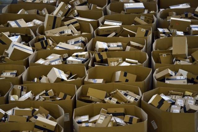 Magazzini Amazon (GERARD JULIEN/AFP via Getty Images)