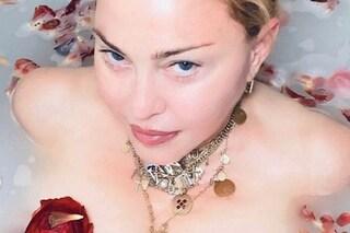 """Madonna come Totò: """"Il Coronavirus ci rende uguali, non gli frega quanto uno sia ricco"""""""