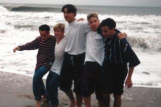 """I 27 anni dei Backstreet Boys, la band posta una foto degli anni 90: """"Eravate un sogno per noi"""""""