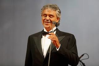 Andrea Bocelli positivo al coronavirus: il tenore è guarito, positivi anche la moglie e i due figli