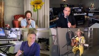 Boom per i Take That live su Facebook e Youtube per beneficenza, ecco perché mancava Jason Orange