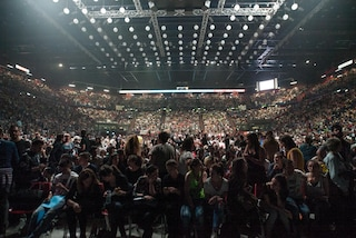 """Tornano concerti e spettacoli dal vivo: """"Posti a sedere distanziati, no eventi con assembramenti"""""""