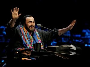 Luciano Pavarotti (China Photos/Getty Images)