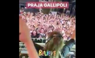 Nessun distanziamento sociale, in Puglia migliaia di persone ballano con Bob Sinclair
