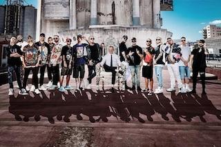 """""""Buongiorno"""", Gigi D'Alessio rilegge i suoi successi in chiave rap con Geolier, Boomdabash e J-Ax"""