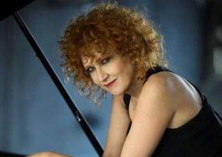 Fiorella Mannoia, dopo il singolo scritto da Ultimo annuncia il nuovo album e tour