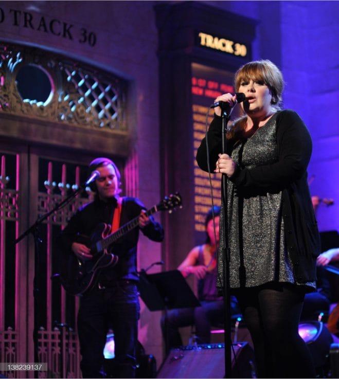 Adele annuncia la data del suo ritorno sulle scene