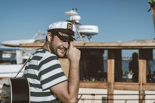 Renzo Rubino, il docu-film del viaggio contro l'inquinamento del mare con Diodato, Sangiorgi e Turci