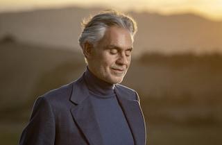 Più che Sfera Ebbasta Andrea Bocelli: è lui che porta l'Italia in testa alle classifiche Usa
