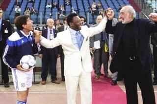 Gianni Morandi ricorda l'emozionante incontro con Sean Connery