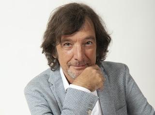 """Claudio Cecchetto cerca ancora talenti, ma lo fa sul web: """"Il mio festival che affianca Sanremo"""""""