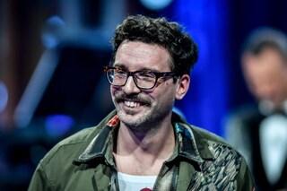 """Chi è Willie Peyote, in gara a Sanremo 2021 con la canzone """"Mai dire mai"""" (La locura)"""