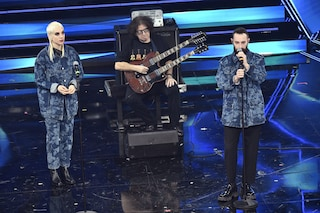 I Coma Cose a Sanremo 2021 con Fiamme negli occhi: video e testo della canzone