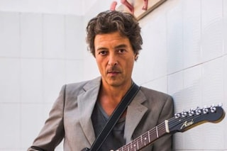 Chi è Federico Poggipollini, chitarrista ex Litfiba a Sanremo 2021 con Annalisa