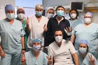 Gianni Morandi dimesso dall'ospedale: le condizioni del cantante sono buone
