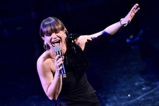 Il significato e il testo di Sorriso Grande, Alessandra Amoroso firma la colonna sonora degli Europei