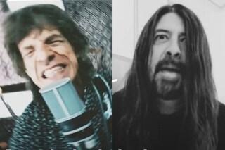 Il significato di Eazy Sleazy, la canzone di Mick Jagger e Dave Grohl su pandemia e contro i no-vax