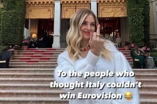 """Il dito medio di Chiara Ferragni dopo la vittoria Maneskin: """"A chi pensava non potessimo vincere"""""""