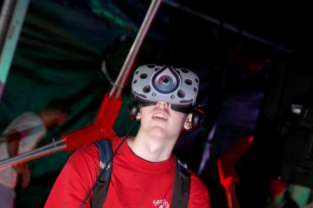 Il futuro dell'industria musicale oltre lo streaming: 5G, realtà virtuale, gaming, NFT