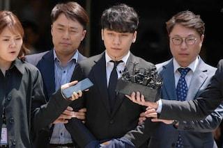 """Ennesimo arresto nello scandalo """"Burning Sun"""": è stata condannata la star K-Pop Seungri"""