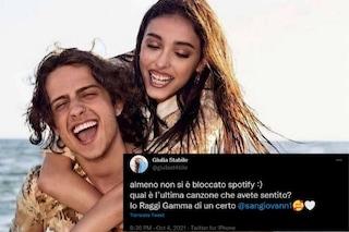 """""""Almeno non s'è bloccato Spotify"""", Giulia Stabile spinge Raggi Gamma di Sangiovanni"""