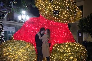 Belén accende l'albero di Natale e dà il via alle Giornate del Cinema di Sorrento