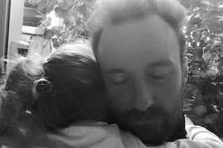 """Francesco Facchinetti tenero papà: """"Datemi solo l'abbraccio di Mia"""""""