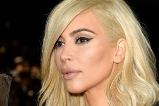 """I complessi di Kim Kardashian: """"A 13 anni si vedeva grassa e odiava il suo naso"""""""