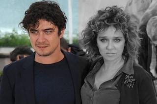Riccardo Scamarcio con una ragazza: dov'è Valeria Golino?