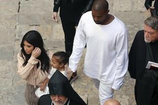 Kim Kardashian e Kanye West battezzano la piccola North a Gerusalemme