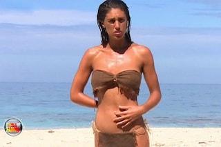"Cecilia Rodriguez svela: ""Su Playa Desnuda non ero nuda, indossavo le mutandine"""