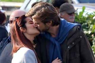 """Ilaria Spada e Kim Rossi Stuart in amore, tra baci e progetti: """"Vogliamo sposarci"""" (FOTO)"""