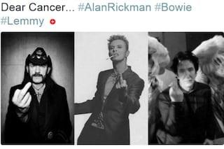Il dito medio di Bowie, Rickman e Lemmy contro il cancro: la foto che fa il giro del web