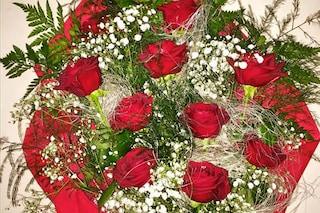 Il regalo di Gigi ad Anna Tatangelo per San Valentino, undici rose per 11 anni insieme