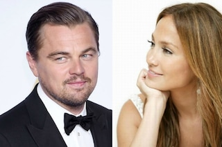 """L'sms di Jennifer Lopez a Leonardo DiCaprio: """"Baby ho bisogno di lasciarmi andare. Idee?"""""""