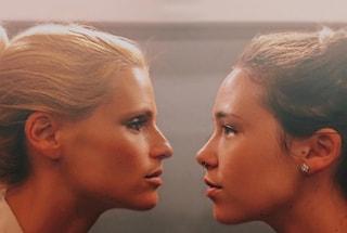 Michelle e Aurora, due gocce d'acqua: la foto della Hunziker fa il pieno di like