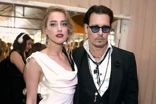 """""""Johnny Depp si tagliò la punta del dito e scrisse col sangue insulti ad Amber Heard"""""""