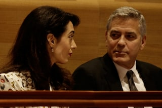 """Amal, moglie di Clooney: """"Minacciata dall'Isis, mio marito George è preoccupato per me"""""""
