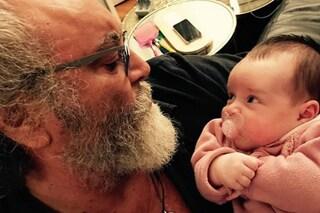 """Diego Abatantuono è nonno, la figlia Marta ha avuto una bimba: """"Nipotina eccezzziunale"""""""